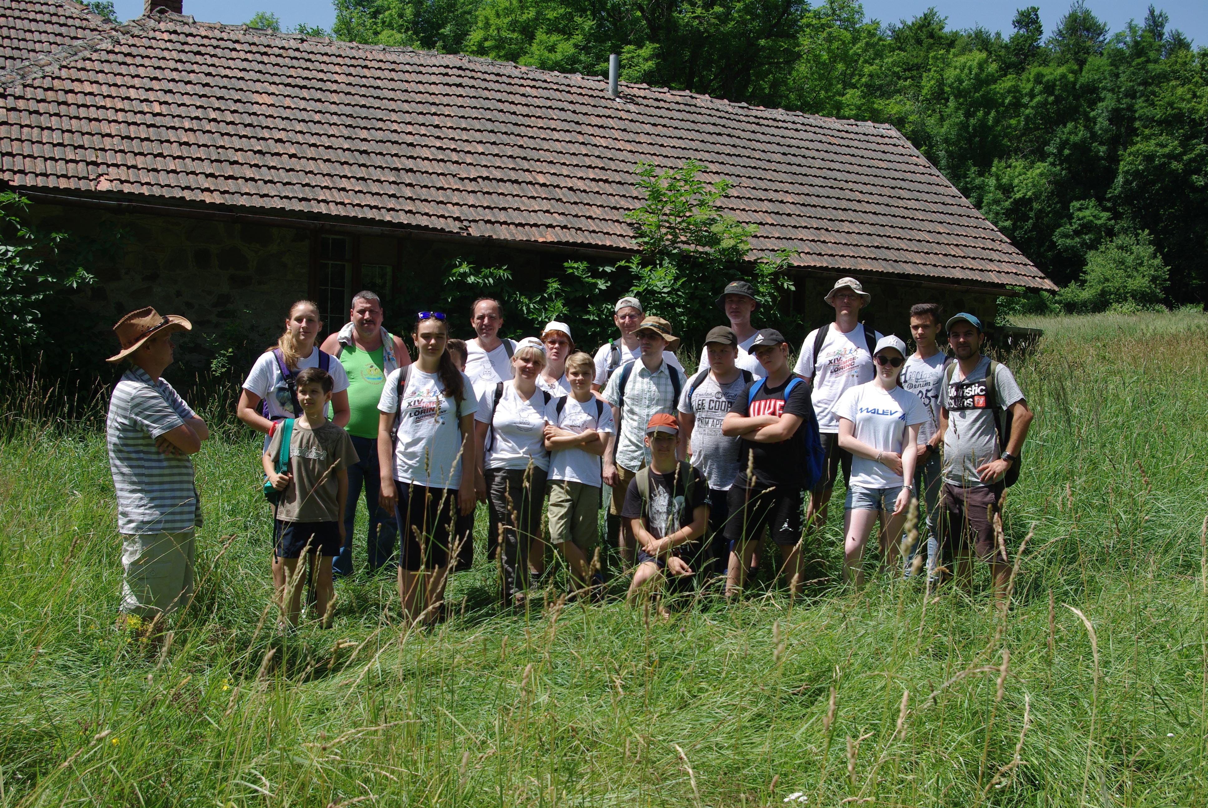 Természetjáró Fiatalok Szövetsége csoportképe